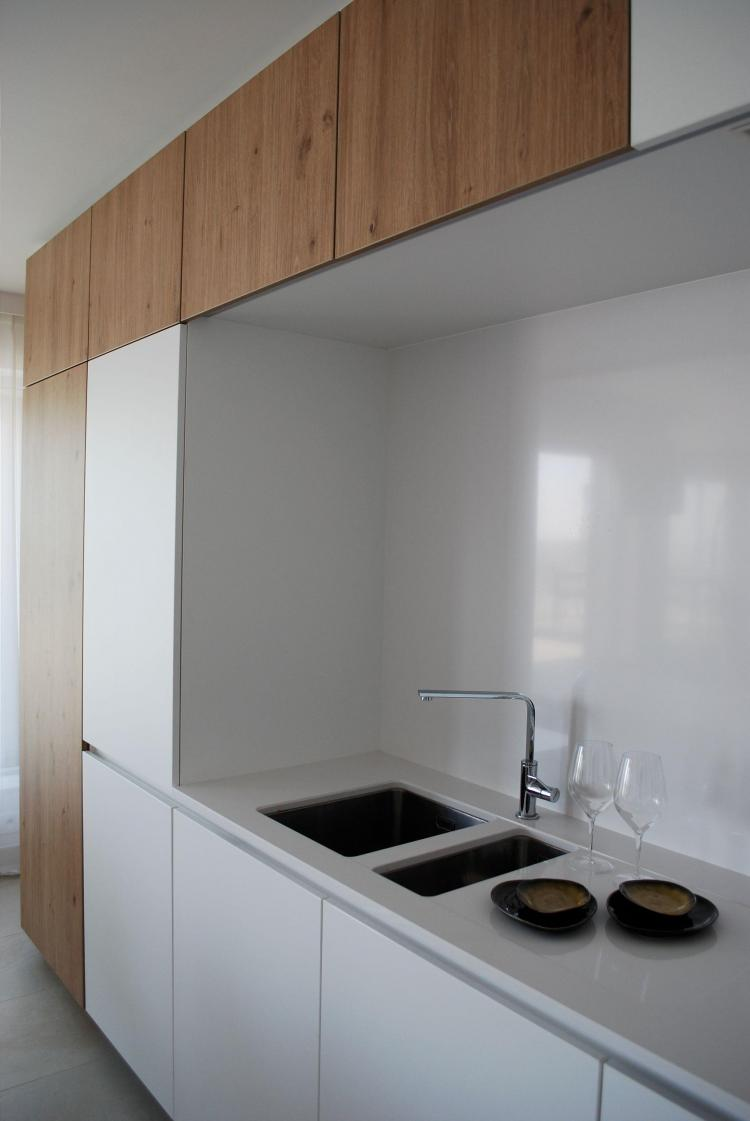 interieur_keuken_maatkasten_laminaat_houtdecor_kooknis