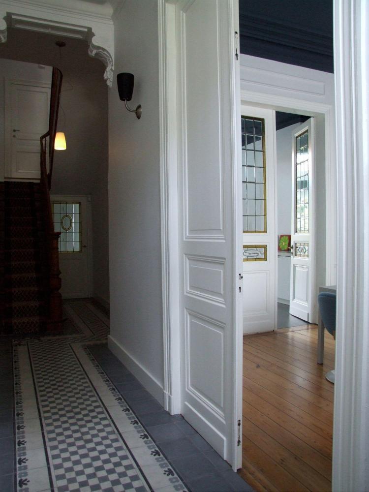 restauratie_herenwoning_interieur_traphal_cementtegels