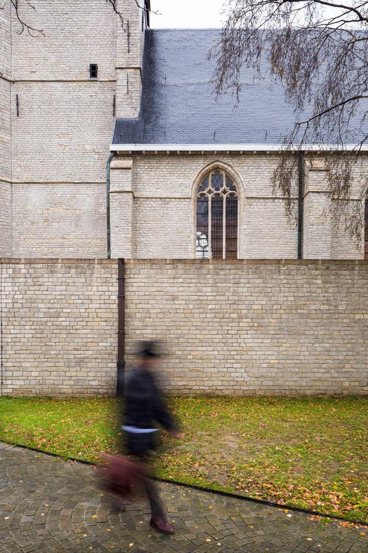 restauratie_kerk_hove_natuursteenrestauratie