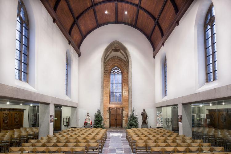restauratie_interieur_kerk_tongewelf_hout_schilderwerk
