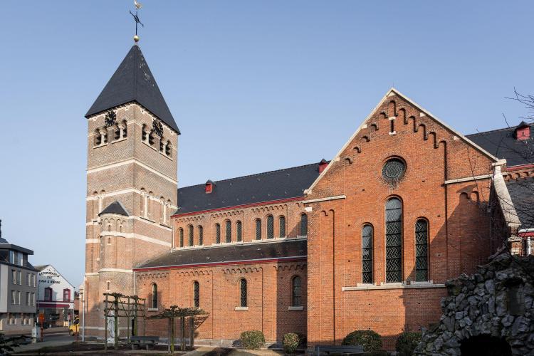 restauratie_kerk_peulis_gevelrestauratie_baksteenherstel