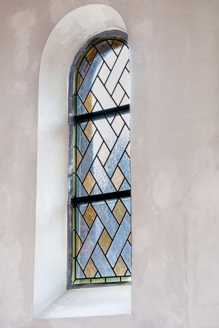 restauratie_glasramen_glasinlood_interieur_kerk_putte_peulis